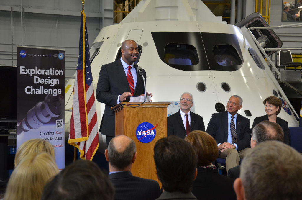 Former astronaut Leland Melvin, NASA's associate administrator for education, speaks about the Exploration Design Challenge as Orion manager Mark Geyer, NASA Administrator Charles Bolden and Lockheed Martin CEO Marillyn Hewson look on. Photo: Robert Pearlman/collectSPACE.com