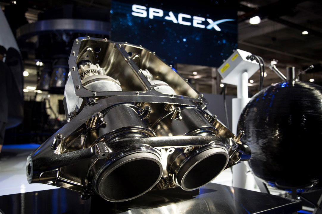 The capsule will feature eight SuperDraco engines for both launch aborts and for controlled powered landings. Credit: SpaceX