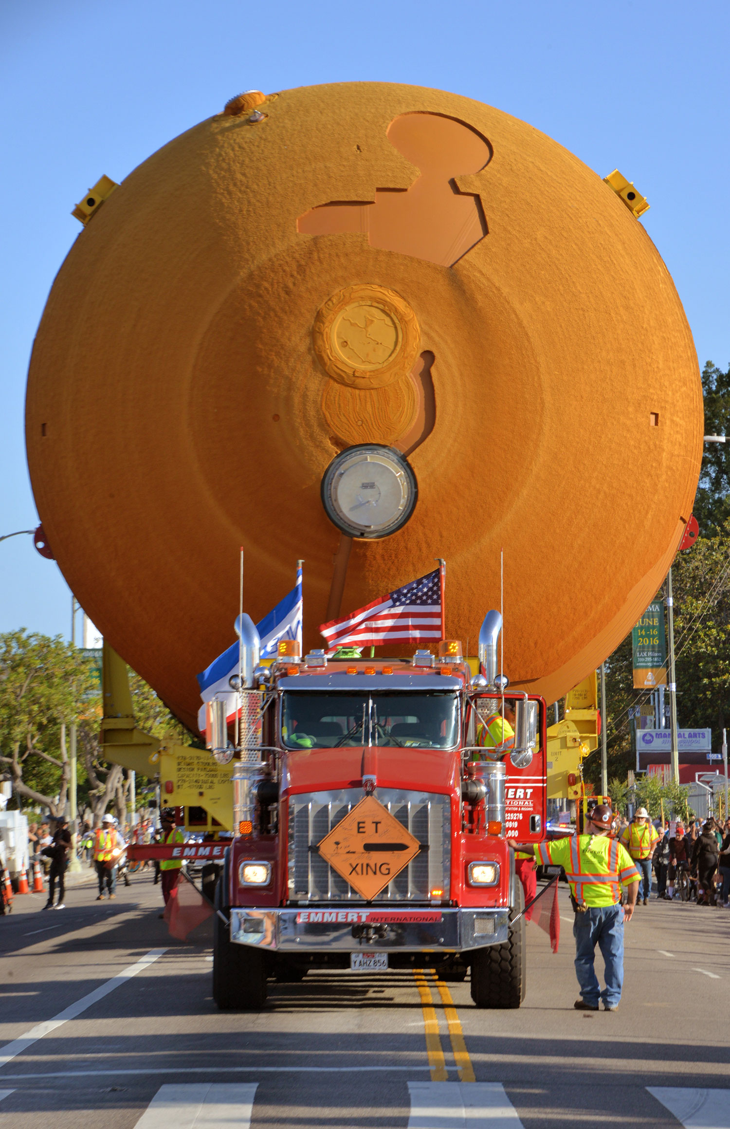 Wide load coming through. Luckily the streets were cleared to make way for ET-94. Credit: Julian Leek/JNN